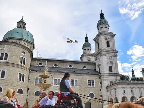 主教广场旅游景点图片