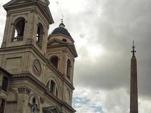 圣三一教堂旅游景点图片