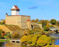 漫步爱沙尼亚老城,领略中世纪的魅力