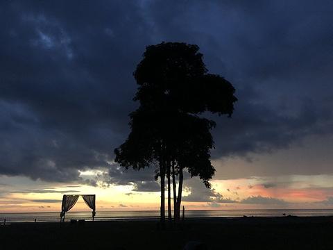丹绒亚路海滩旅游景点攻略图