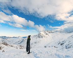 雪山遇见彩林,奶子沟遇见卡龙沟,千年古寨遇见新式藏寨,哈雷遇见彩跑....
