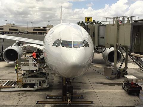 火奴鲁鲁国际机场的图片