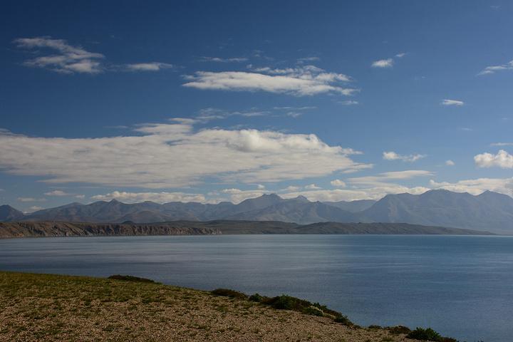"""""""自古以来佛教信徒和苯教徒都把它看作是圣地""""世界中心"""",是 中国 湖水透明度最大的 淡水 湖,三..._玛旁雍错""""的评论图片"""