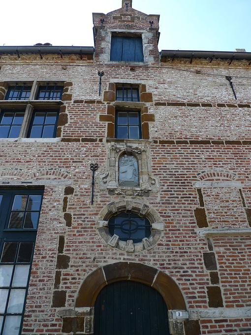 贝居安会教堂图片