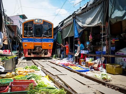 美功铁道市场旅游景点图片