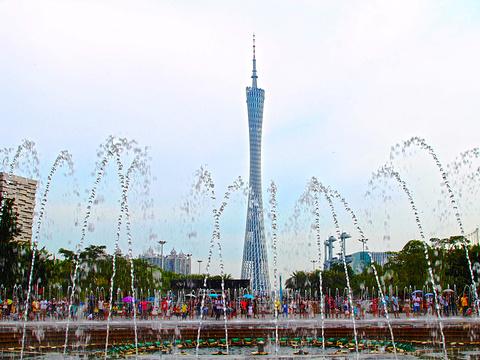 花城广场旅游景点图片