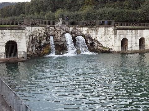 宫廷花园旅游景点图片