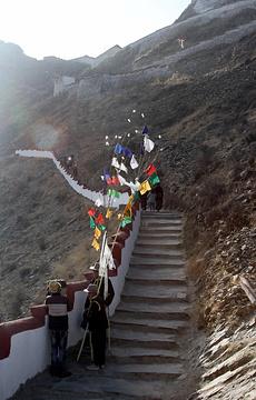 贡布日神山旅游景点攻略图