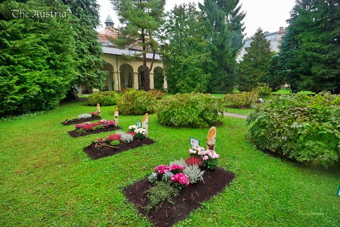 St Sebastian's Cemetery图片