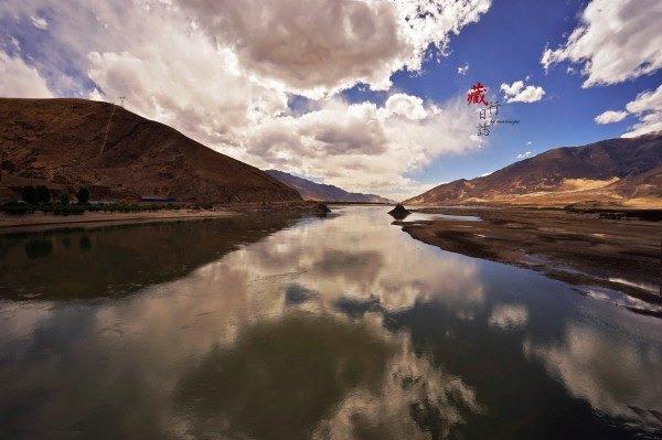 雅鲁藏布江图片
