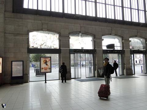 图尔站旅游景点攻略图