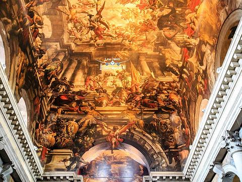 圣潘塔隆教堂旅游景点图片