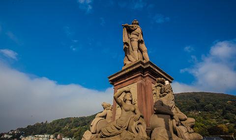 卡尔特奥多雕像旅游景点攻略图
