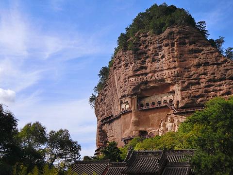 麦积山石窟旅游景点图片