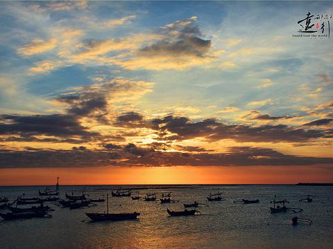 金巴兰海滩旅游景点图片