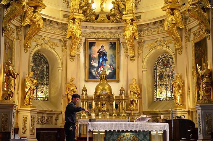 """""""这座教堂还是北美地区(墨西哥以北)最古老的教堂,也是加拿大国家历史遗址,被联合国教科文组织列为..._魁北克圣母大教堂""""的评论图片"""