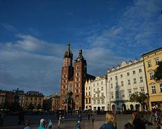 华沙,不曾离开。