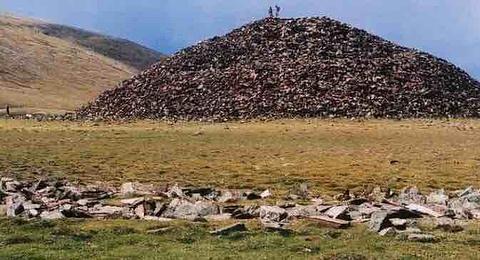 三海子墓葬及鹿石旅游景点攻略图