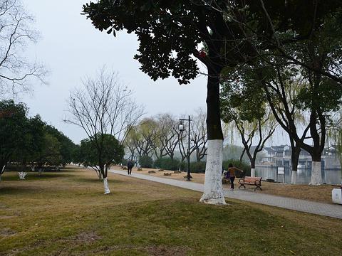 百花洲公园旅游景点图片