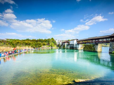 彩虹桥旅游景点图片