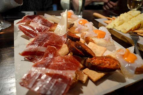Sevilla 餐厅旅游景点攻略图