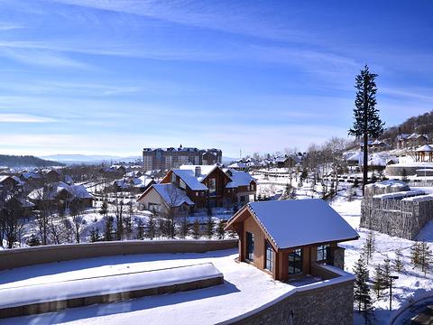 万达长白山国际滑雪场旅游景点图片