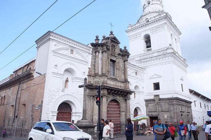 """""""...仍然是拉丁美洲保存最好 改变..._基多老城区""""的评论图片"""