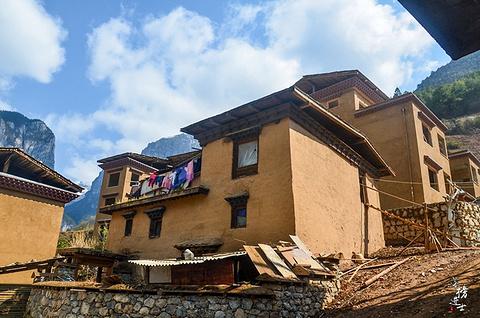 巴拉村旅游景点攻略图