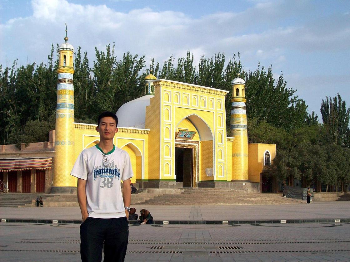 新疆喀什古城维族风情、帕米尔高原冰山之旅