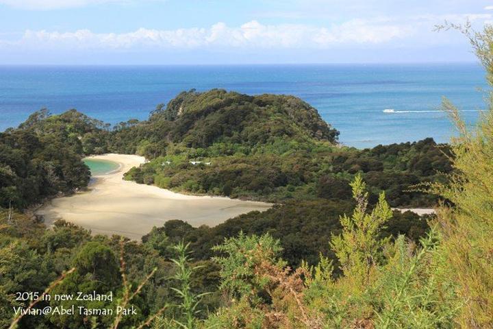 """""""它是新西兰最小的国家公园_阿贝尔·塔斯曼国家公园""""的评论图片"""