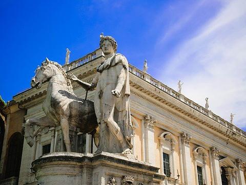 卡比托利欧广场旅游景点图片