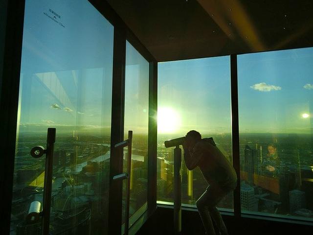 """""""~ 上面风很大哈哈哈_尤里卡大厦""""的评论图片"""