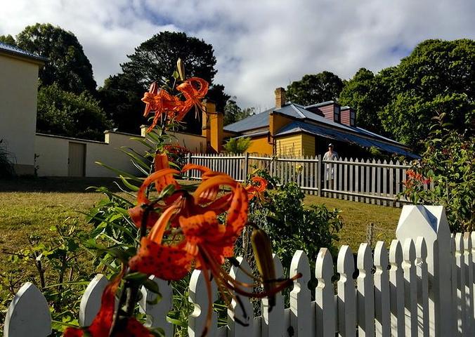 """""""一处记录澳大利亚殖民血泪史、拥有壮丽景观的观光胜地,是塔岛之行必游之地_亚瑟港""""的评论图片"""