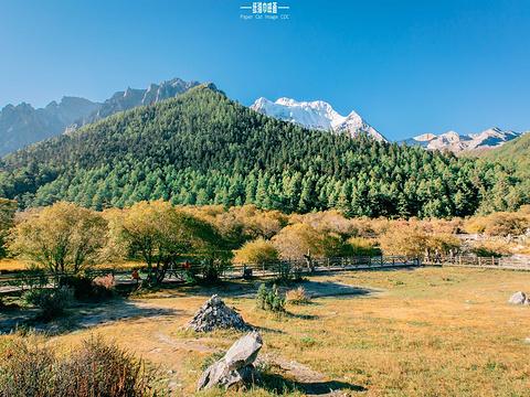 稻城亚丁旅游景点图片