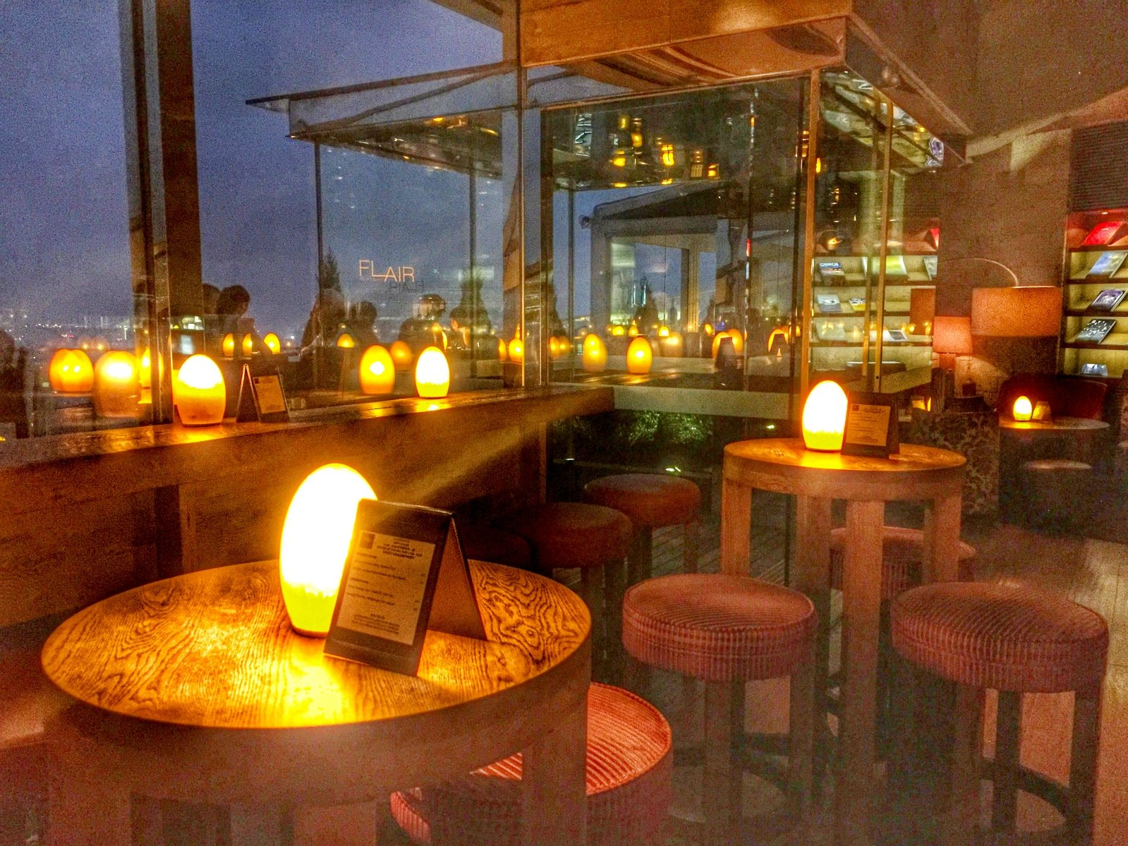 Flair rooftop顶层餐厅酒吧