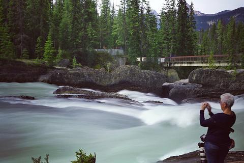 天然桥旅游景点攻略图