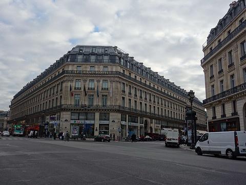 巴黎春天百货旅游景点图片