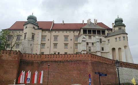 瓦维尔皇家城堡旅游景点攻略图