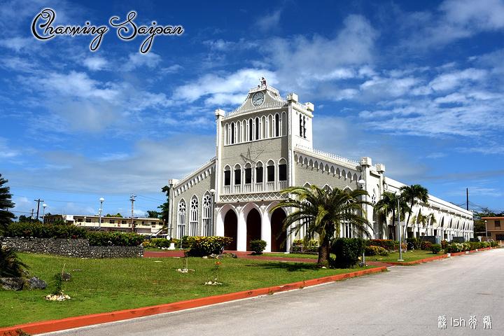 """""""雨过天晴之后,教堂周围也是极美的,真的像花园一样。最大的教堂就是Mt.内部也很漂亮_卡梅尔山天主教大教堂""""的评论图片"""