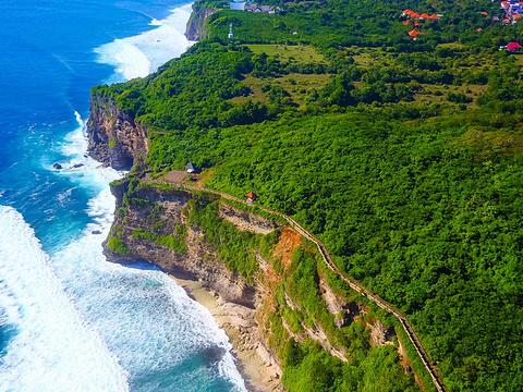 乌鲁瓦图悬崖旅游景点图片