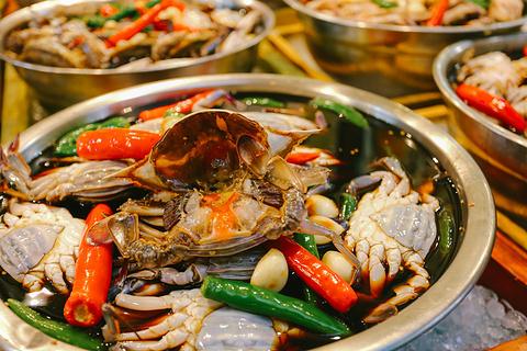 广藏市场美食街