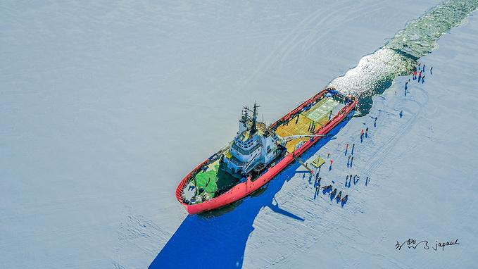 桑普号破冰船图片