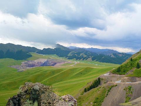 天山旅游景点图片
