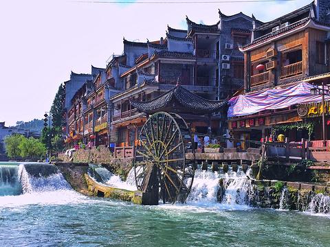 凤凰古城旅游景点图片