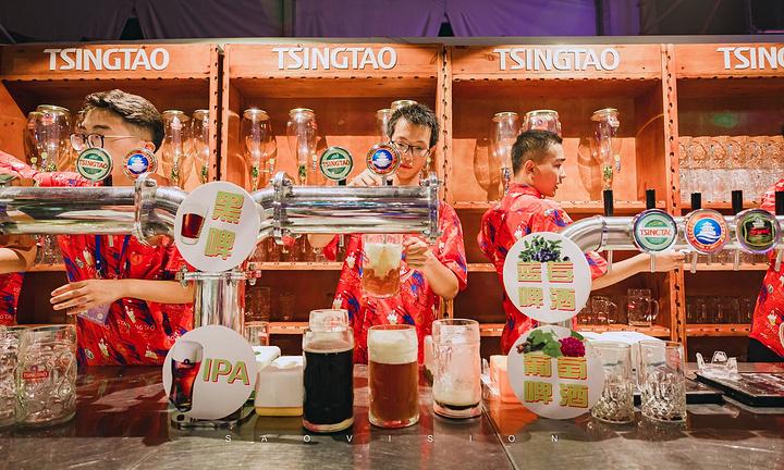 """""""啤酒们悉数登场! 青岛啤酒、德国啤酒、比利时啤酒 喝完这杯,还有下杯_青岛国际啤酒节""""的评论图片"""