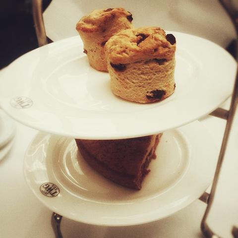 """"""" 来一场奢侈的TEA TIME , 告别我们即将离开的新加坡。_TWG Tea at Republic Plaza""""的评论图片"""