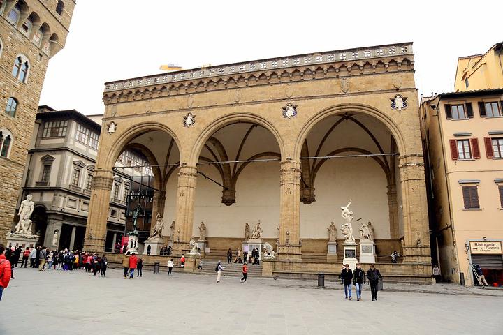 2017。在佛罗伦萨人眼中,狮子是威严的象征。