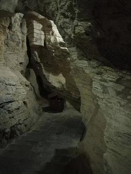 龙水峡地缝旅游景点攻略图