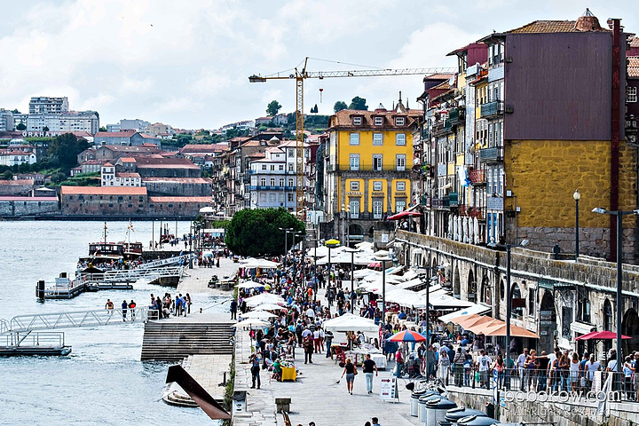 """""""这里有我在葡萄牙看过最美的风景。杜罗河(Douro)以及河两岸的古迹在不同的时刻有着不一样的景色_杜罗河""""的评论图片"""