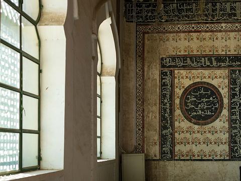 哈密回王墓旅游景点图片